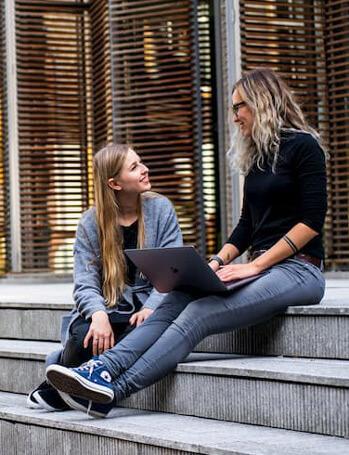 Etudiants aide Etat alternance  | ESG Luxe